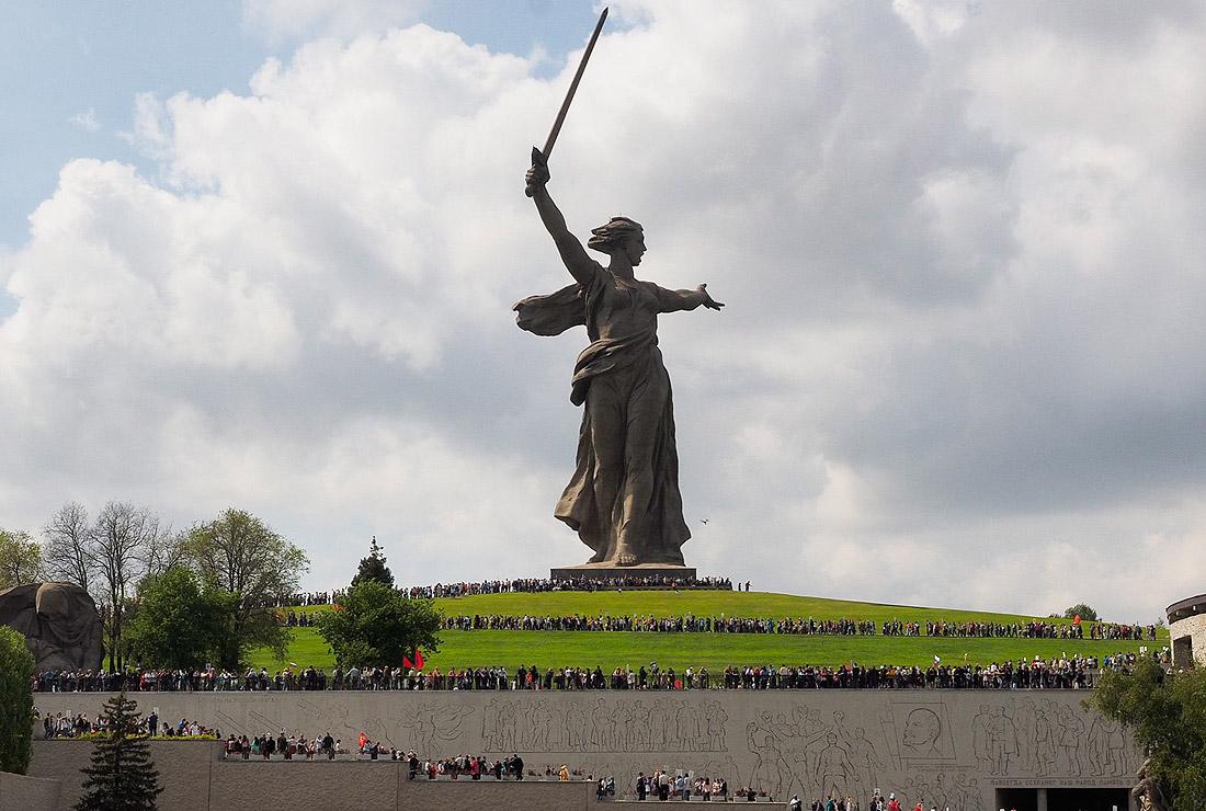 mamaev-kurgan_volgograd.jpg