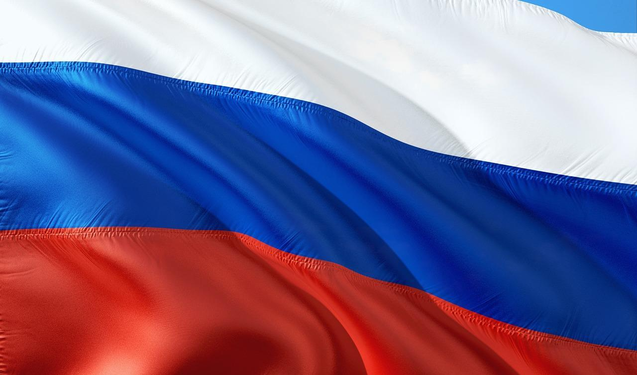 Губернатор Самарской области поздравил жителей с Днем Государственного флага Российской Федерации