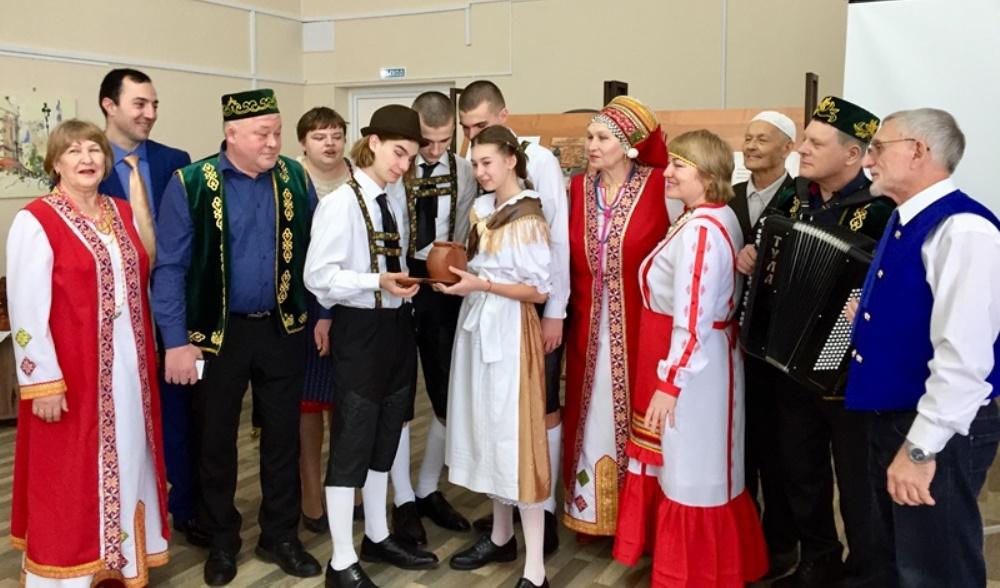 В Сызрани прошли фольклорные посиделки «Родной язык - душа народа»